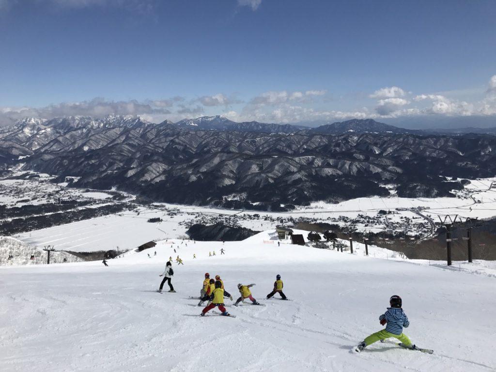 8.Ski Camp